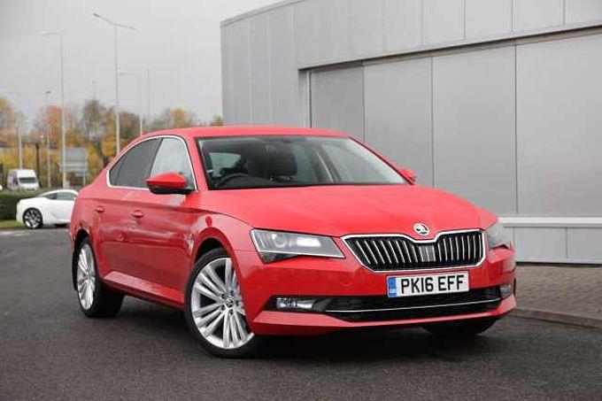 find a used red Škoda superb 2.0 tdi (150ps) sel executive dsg