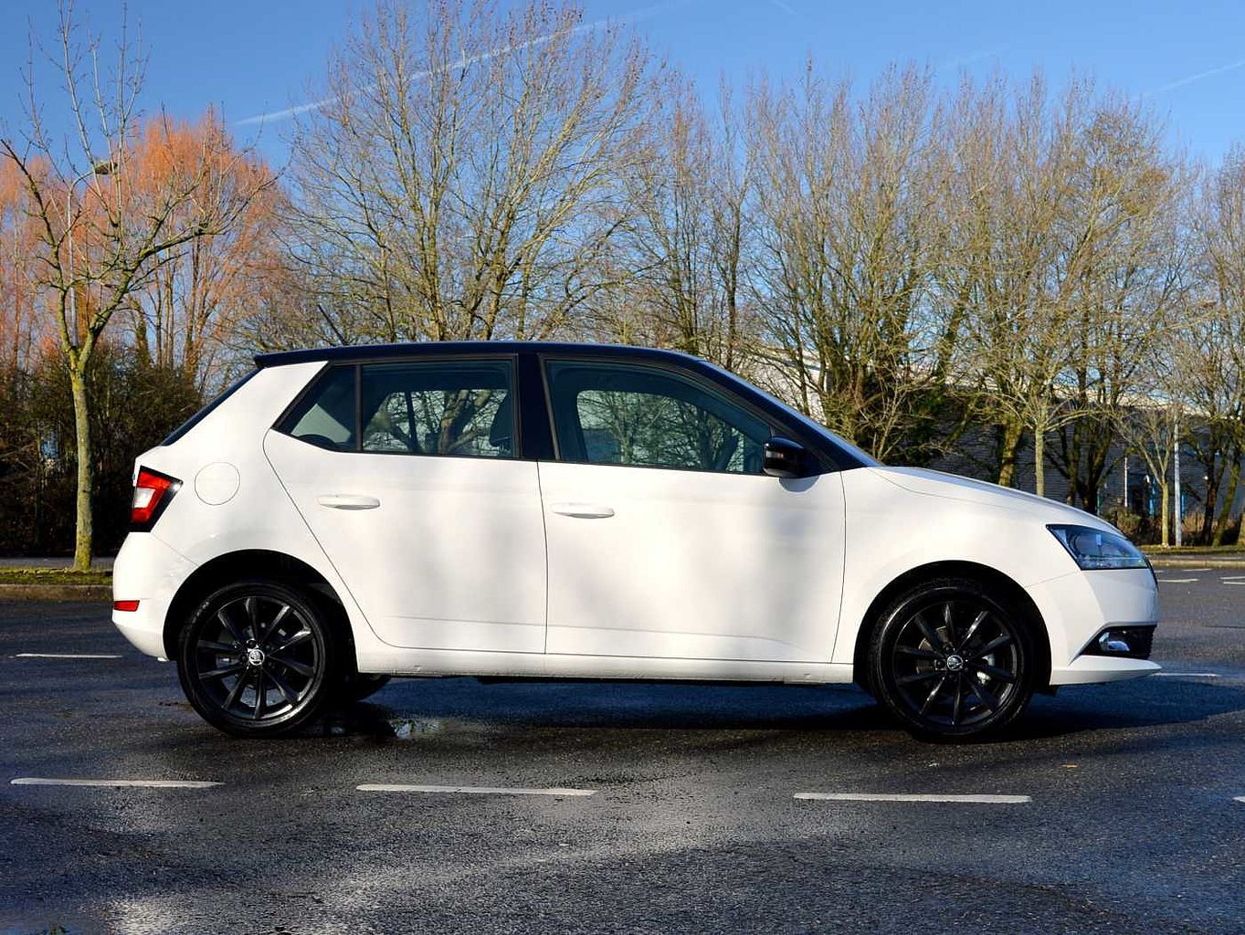 ŠKODA Fabia 1.0 MPI (75ps) Colour Edition (s/s) 5-Dr HB