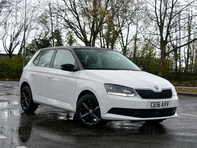 ŠKODA Fabia 1.2 TSI (90ps) Colour Edition (s/s) HB