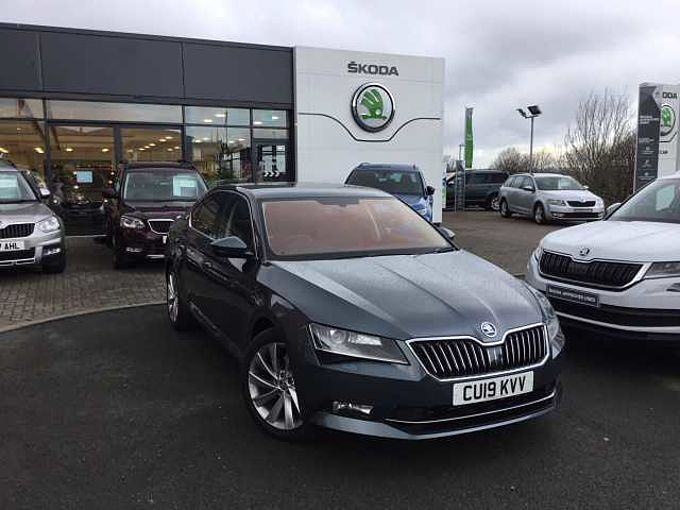ŠKODA Superb 2.0 TDI SCR 150ps SE L Executive DSG Hatch