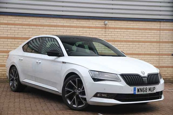 ŠKODA Superb Hatchback 1.5 TSI Sport Line Plus 5dr DSG