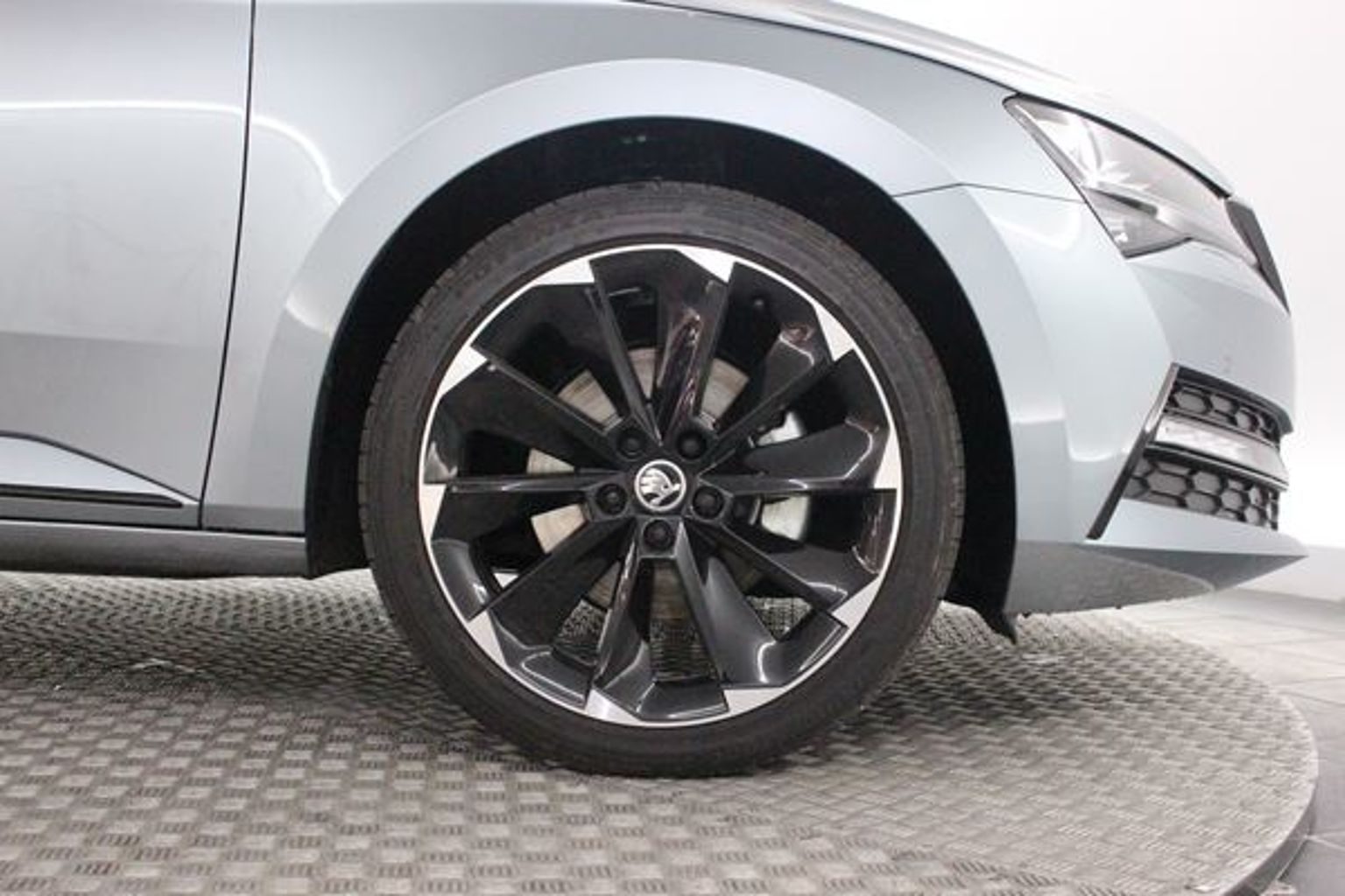 SKODA SUPERB 1.4 TSi Hybrid Sportline Plus DSG